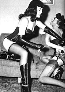 Bettiebondage2.336112505_std.jpg